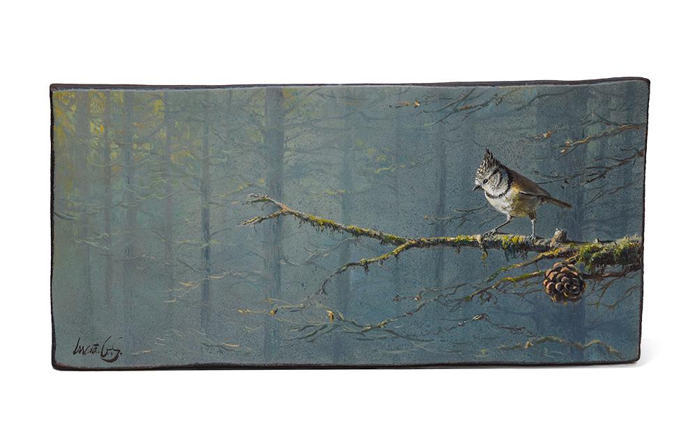 Herrerillo capuchino / Crested tit / Lophophanes cristatus – Pintura al óleo sobre tabla de madera de sapeli /Oil painting on sapele wood – 36,5 x 17,5 x 2 cm - © Lucía Gómez Serra - PVP: 210 €