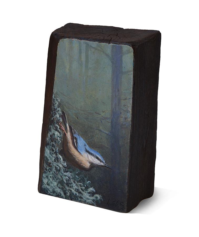 Trepador azul / Eurasian nuthatch / Sitta europaea – Acrílico sobre madera de cerezo / Acrylic painting on cherrywood – 19,5 x 12,5 x 6,2 cm - © Lucía Gómez Serra - PVP: 270€